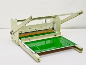 Hand scorer - hand perforator